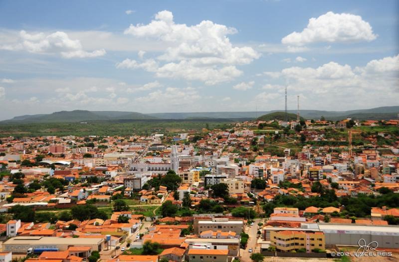 Picos Piauí fonte: picos40graus.com.br